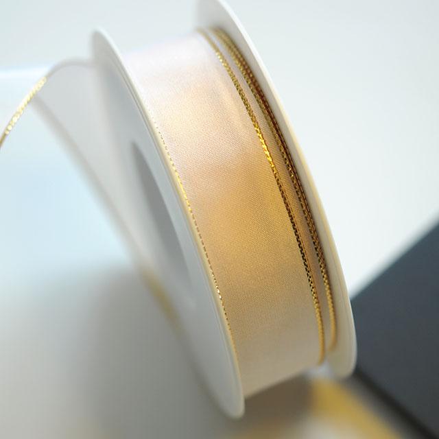 ゴールドラインのリボン